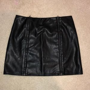 Kendall and Kylie leather skirt